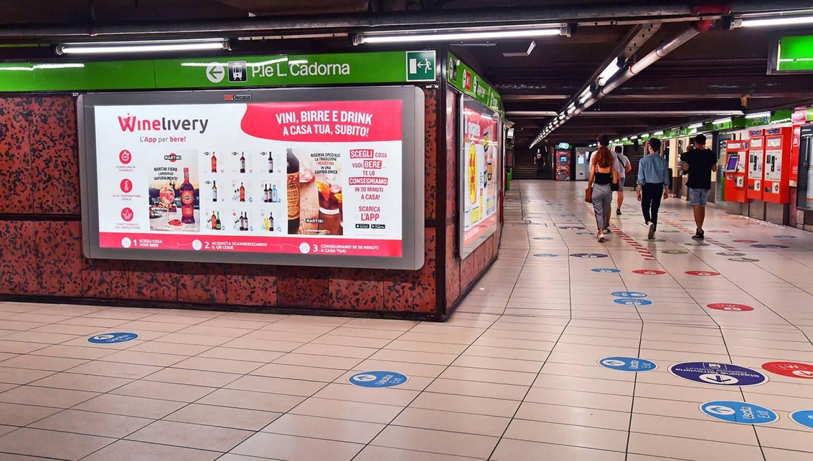 Pubblicità in metropolitana IGPDecaux a Milano Circuito Mini per Winelivery