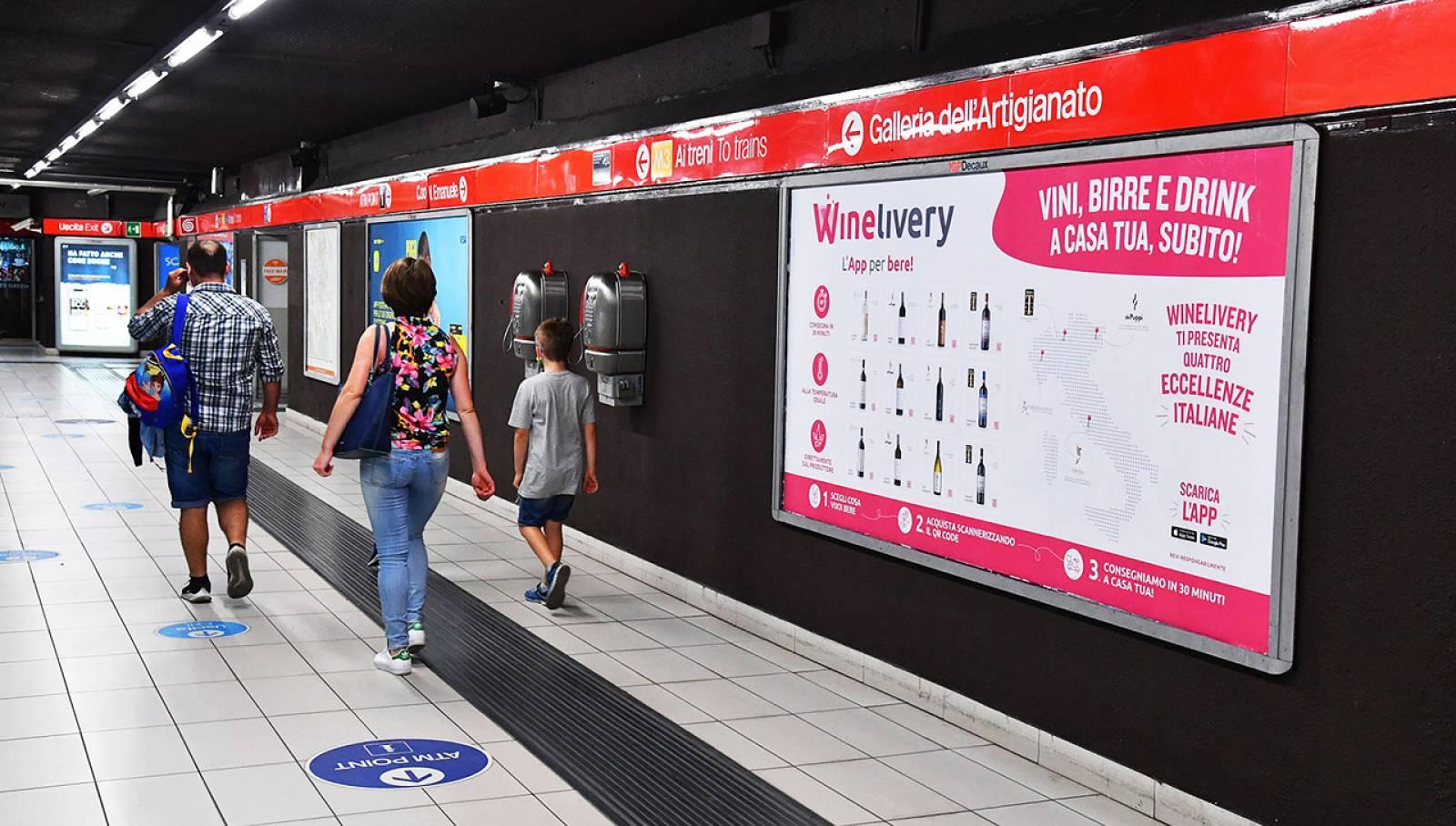 IGPDecaux Milano pubblicità in metropolitana Circuito Mini per Winelivery