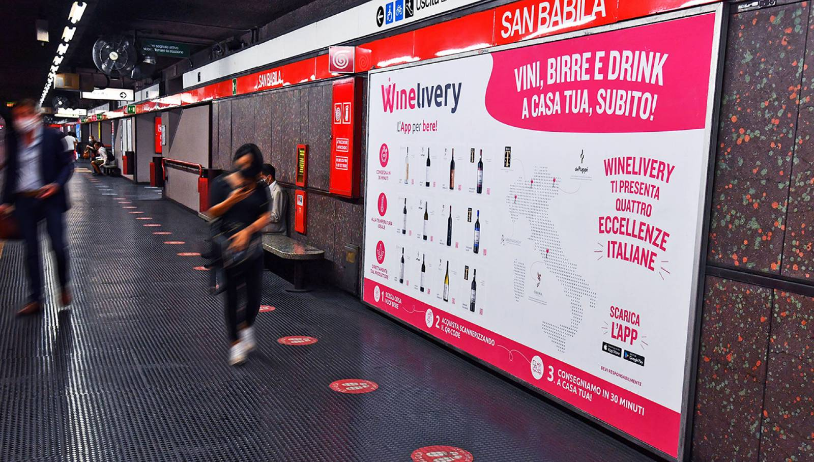 Pubblicità IGPDecaux Milano Circuito Mini in metropolitana per Winelivery