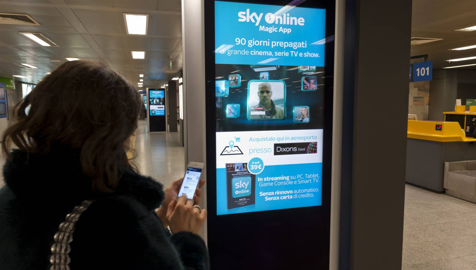 Airport Social LCD