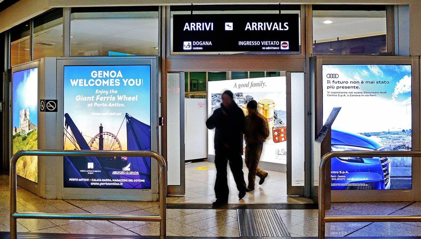 Digital Out Of Home IGPDecaux schermi digitali aeroporto Genova