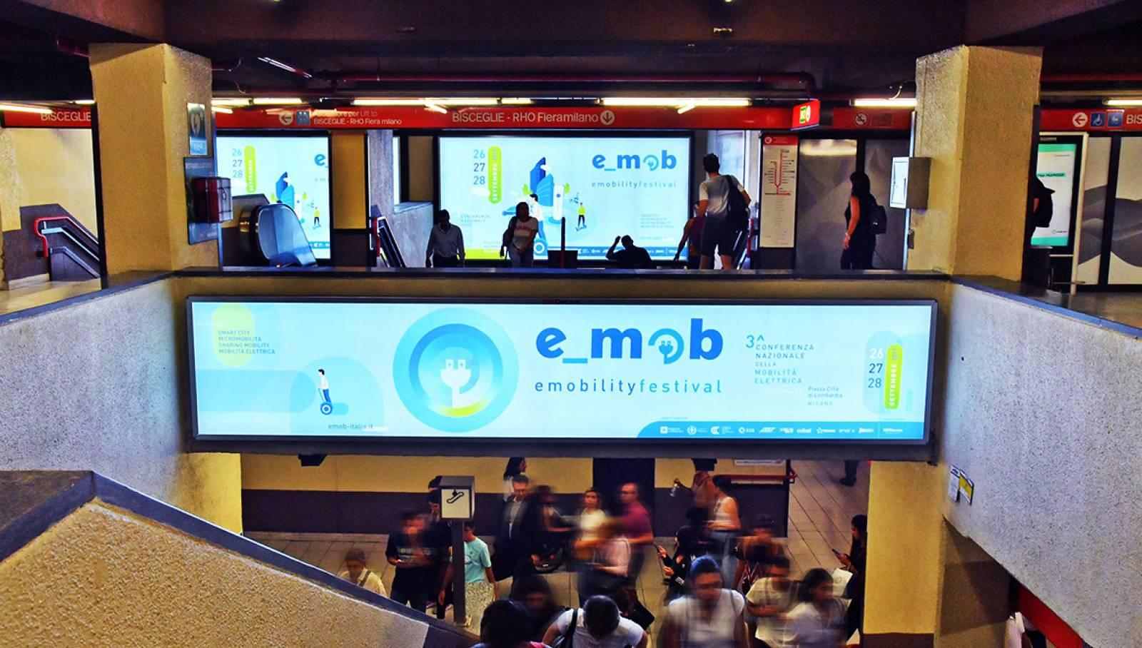 IGPDecaux Station Domination Milan Festival E-mob