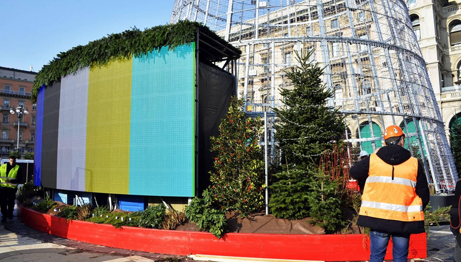 IGPDecaux albero di Natale Esselunga Milano Natale 2019