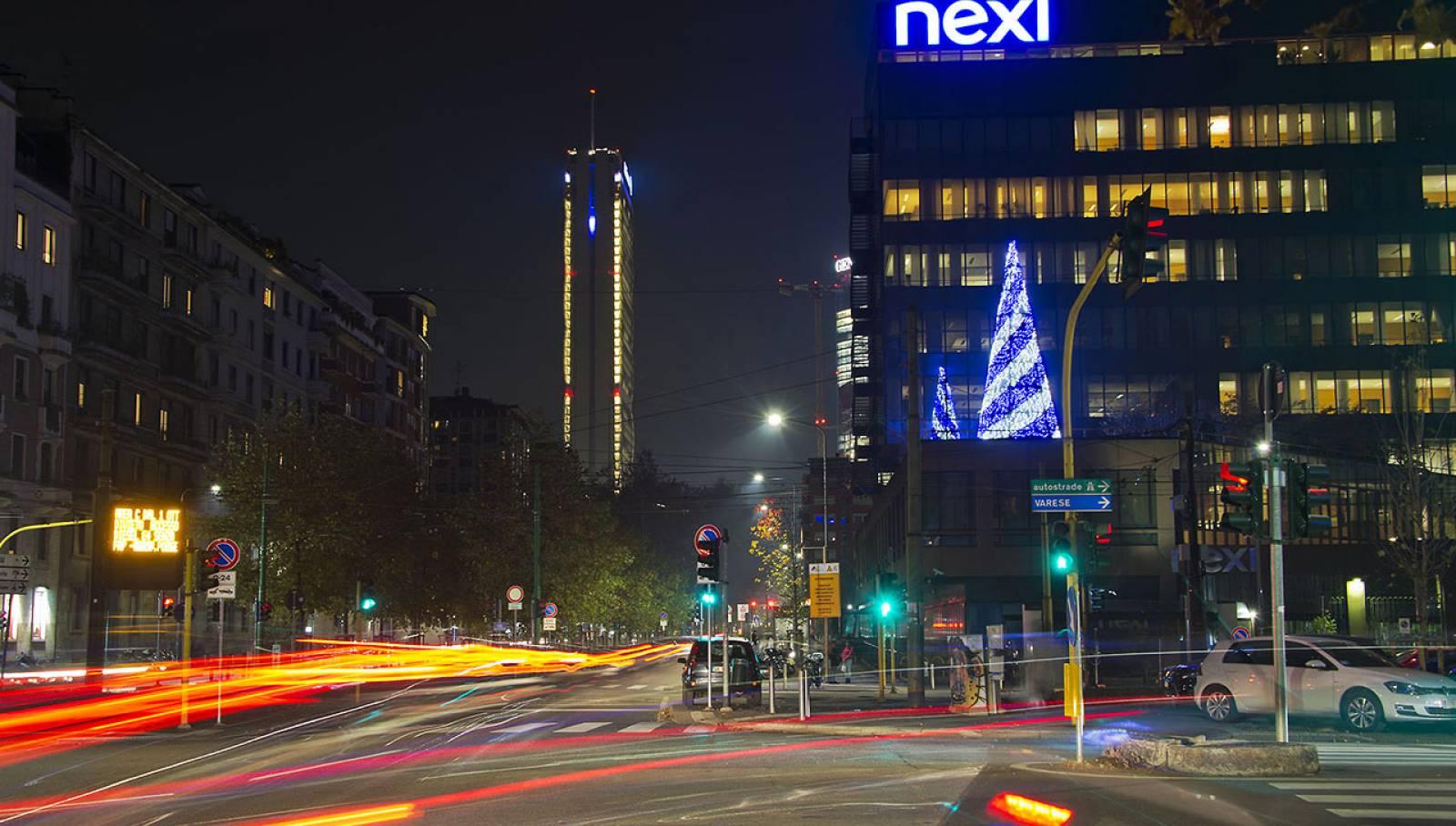 IGPDecaux Out of Home Milano illuminazione Corso Sempione per Nexi