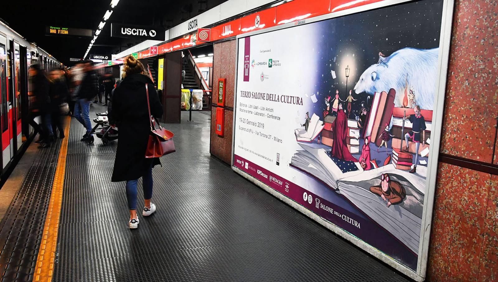 Pubblicità in metropolitana a Milano IGPDecaux circuito phygital per il Salone della cultura