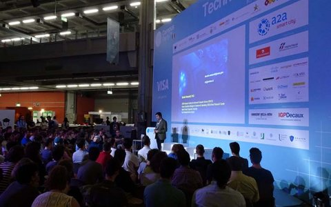 Human-Centered Smart Cities a Campus Party con IGPDecaux