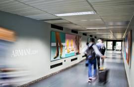 Malpensa aeroporto pubblicità IGPDecaux Finger per Armani