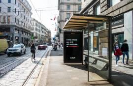 Pubblicità sulle pensiline IGPDecaux a Milano Network Vision per Buddyfit