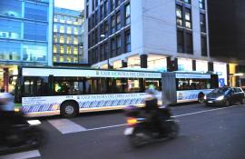 Fondazione Biblioteca Di Via Senato  - 2012-02-02 - Autobus decorati - Milano