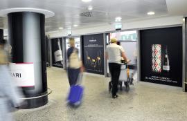 Pubblicità negli aeroporti IGPDecaux Circuiti a Copertura a Malpensa per Ferrari