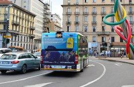 Pubblicità su autobus IGPDecaux FullBack a Milano per Atout France