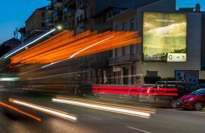 Pubblicità cartellonistica IGPDecaux Medio formato a Milano per Eni