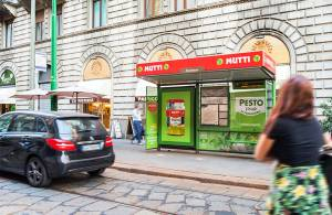 IGPDecaux OOH advertising Brand pensilina a Milano per Mutti