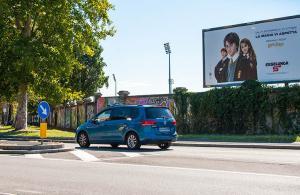 Affissioni pubblicitarie IGPDecaux a Milano Poster per Esselunga