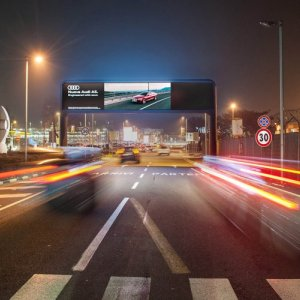 Airport advertising at Linate digital gate for Audi