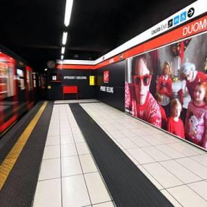Pubblicità in metropolitana IGPDecaux area station domination per Ray-Ban