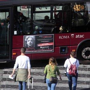 Pubblicità dinamica autobus IGPDecaux tabella 120/200x70 a Roma per Imperdibile Marilyn