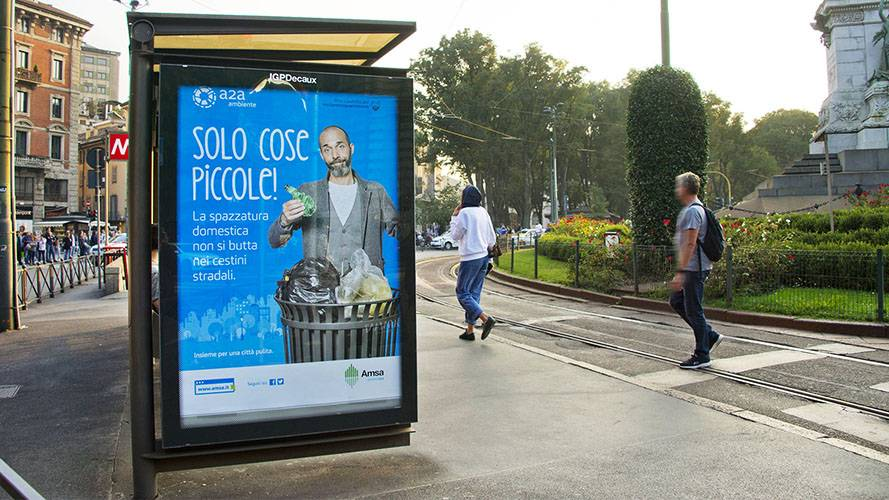 Arredo urbano IGPDecaux Pensiline + Mupi per a2a a Milano