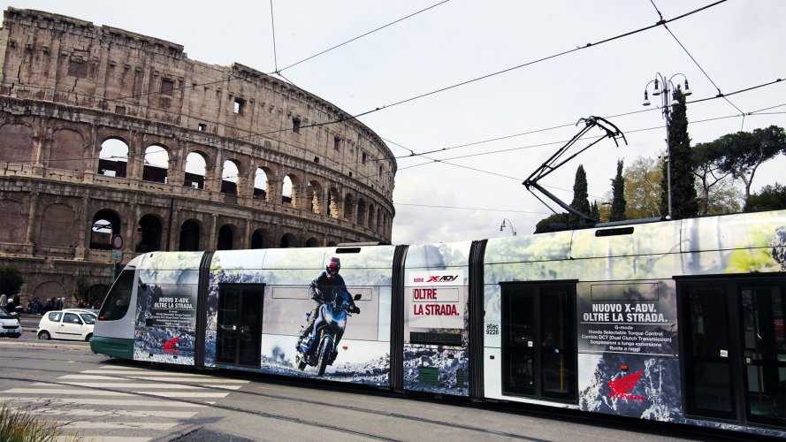 Advertising on tram IGPDecaux Full-Wrap in Rome for Africa Twin