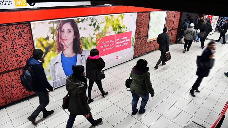 Pubblicità in metropolitana Milano IGPDecaux Circuito a Copertura Landscape per Banco Desio