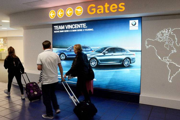 Airport advertising Turin Caselle IGPDecaux backlight for BMW