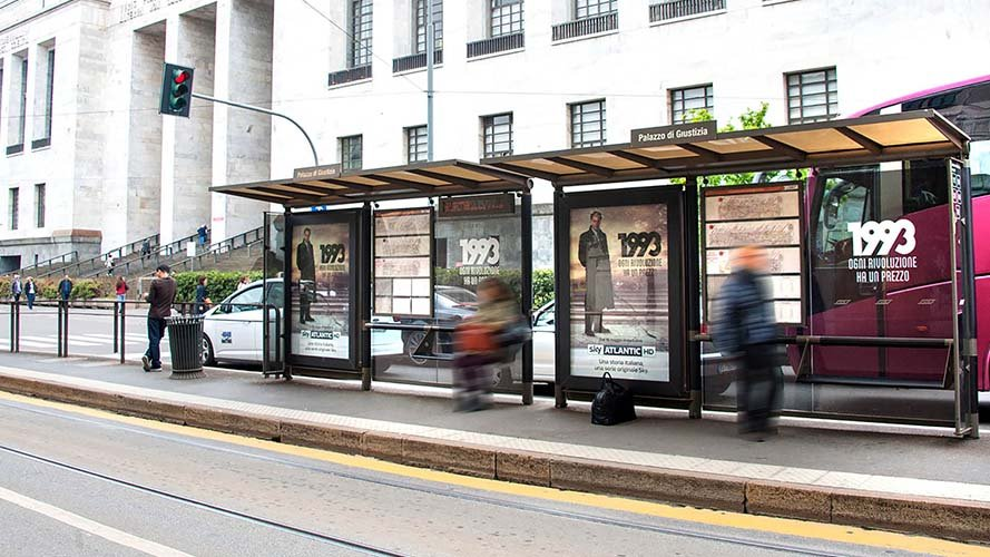 Out of Home IGPDecaux brand shelter in Milan for TV series 1993