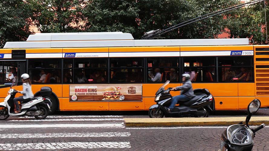 Pubblicità dinamica Napoli Side Banner IGPDecaux per Burger King