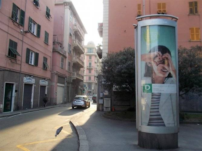 Out of Home advertising Column in Genoa for Gediman IGPDecaux