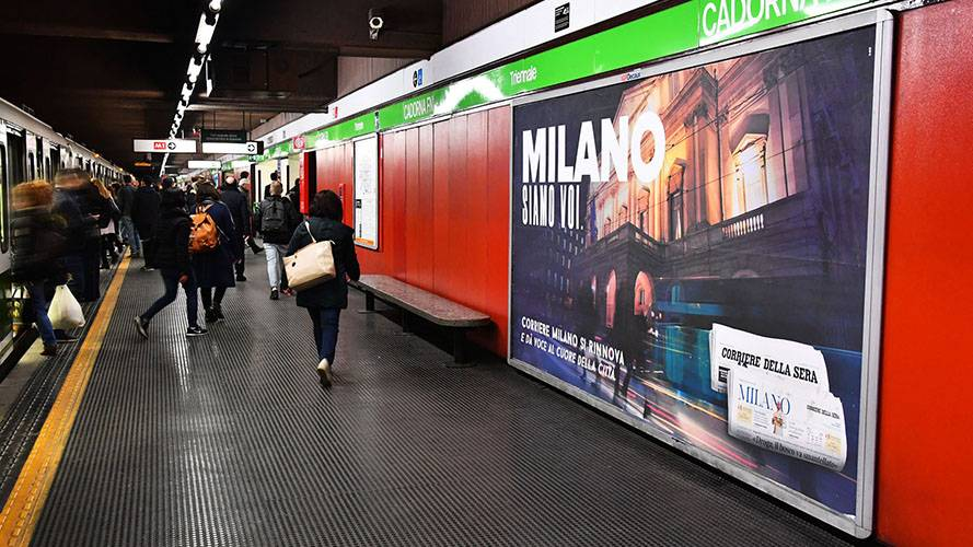 Pubblicità Out Of Home Milano Circuito a Copertura Landscape IGPDecaux per Corriere della Sera