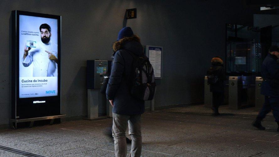 Underground advertising Naples IGPDecaux Underground Vision Network for Cucine da incubo