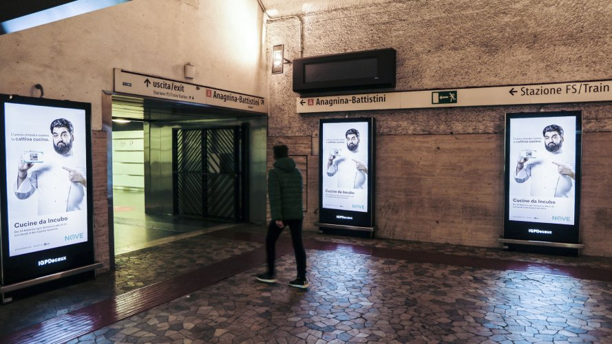 Pubblicità metro Roma IGPDecaux Network Vision Metropolitana per Cucine da incubo