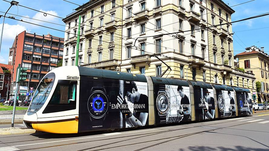 IGPDecaux OOH advertising in Milan Full-Wrap for Armani