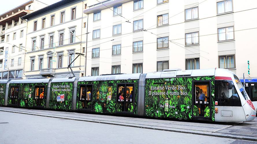 Advertising on tram IGPDecaux Florence Full-Wrap for Esta Thè Bio