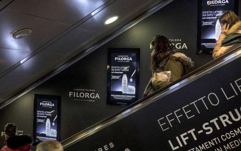 Underground advertising IGPDecaux Digital Escalators in Rome for Filorga
