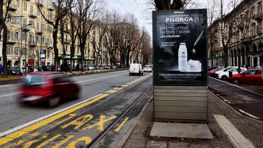 IGPDecaux Torino Pensiline + Mupi per Filorga