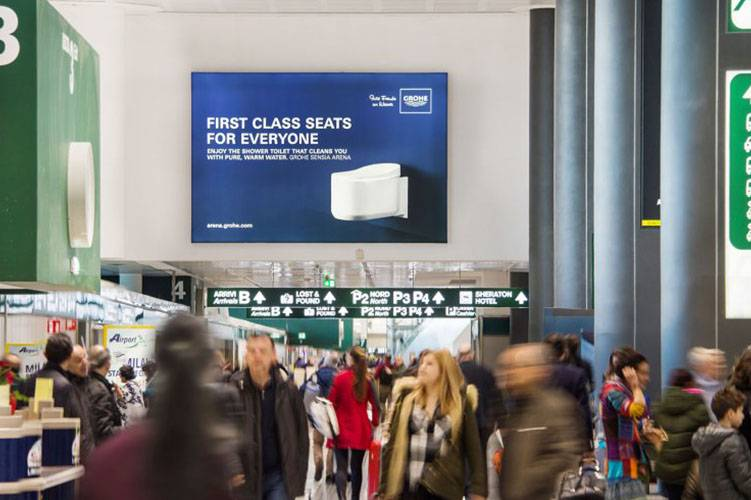 Airport advertising IGPDecaux Backlight at Malpensa for Grohe