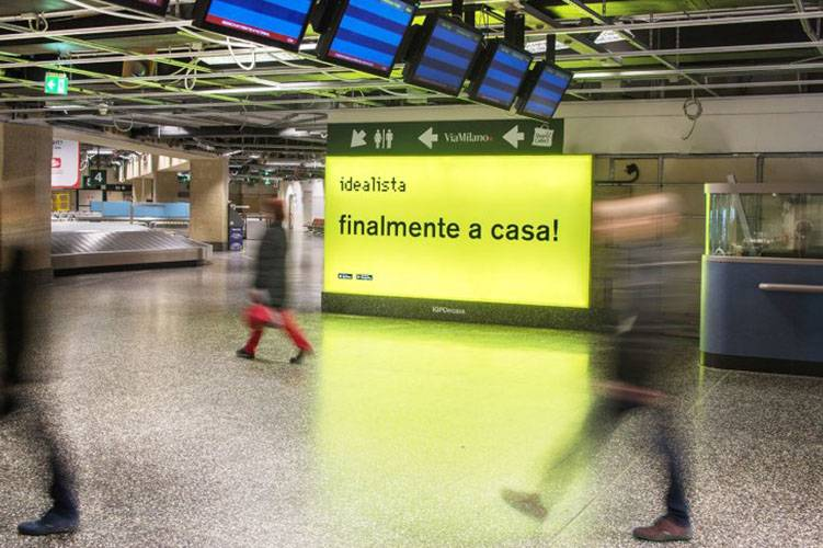 Airports advertising IGPDecaux Backlight at Malpensa for Idealista
