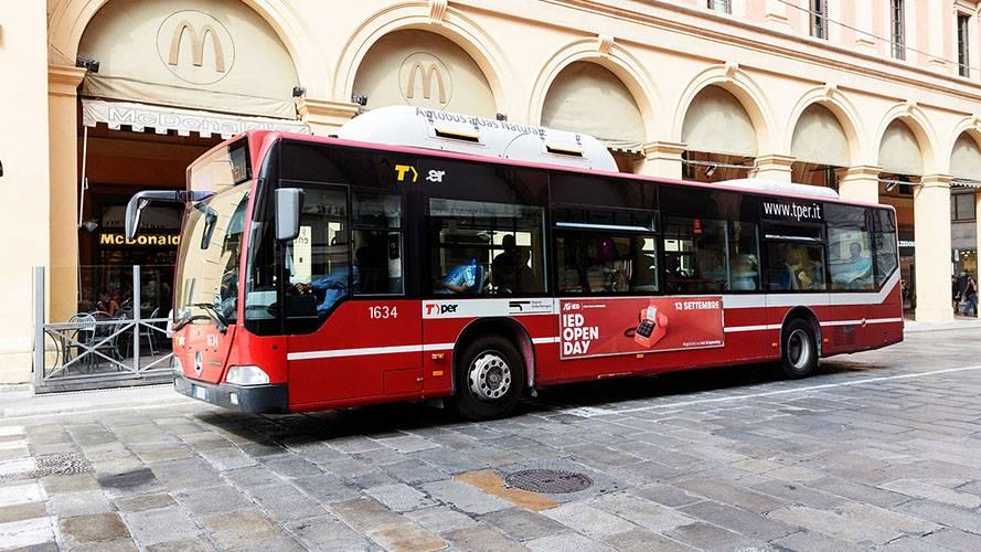 Pubblicità Bologna IGPDecaux Side Banner per IED