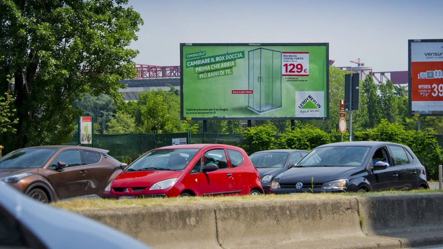 IGPDecaux outdoor advertising poster in Milan forr Leroy Merlin