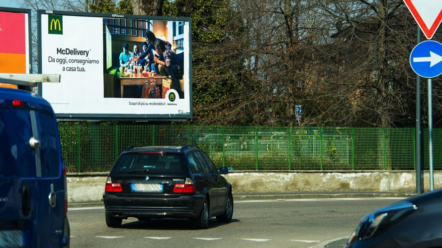 Out Of Home advertising IGPDecaux in Milan poster for Mc Donalds