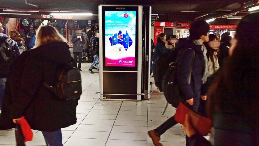 OOH IGPDecaux Underground Vision Network in Milan for Qatar Airways