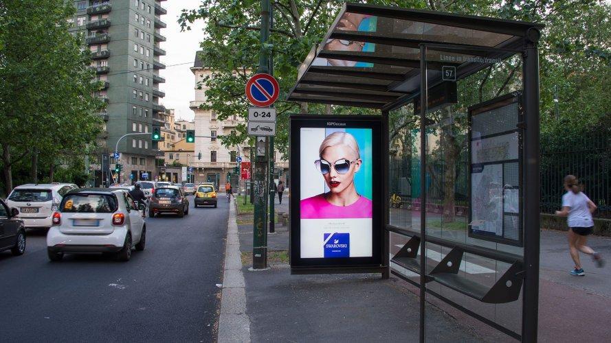 Digital Out Of Home IGPDecaux Milan Vision Network for Swaroski Eyewear