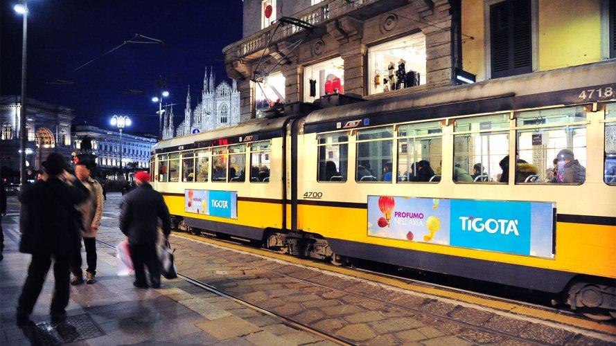 Pubblicità esterna IGPDecaux tabella 300x70 Milano per Tigotà