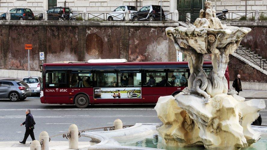 Pubblicità su autobus IGPDecaux Side Banner a Roma per Turismo Sudafrica