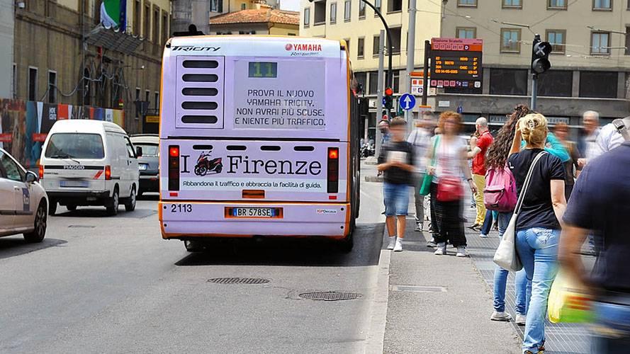Pubblicità sui bus IGPDecaux FullBack Firenze per Yamaha