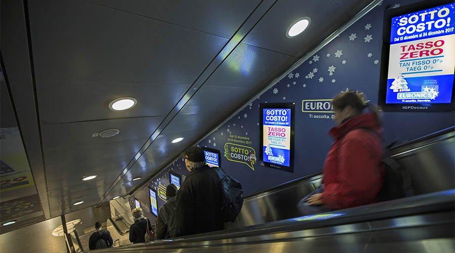 Pubblicità metropolitana Roma Digital Escalator IGPDecaux per Euronics