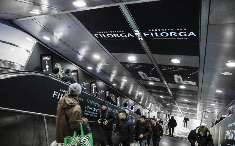 DOOH IGPDecaux a Roma Digital Escalator per Filorga