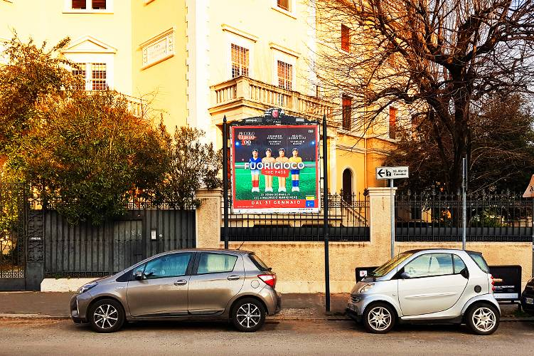 Affissioni Roma IGPDecaux stendardi