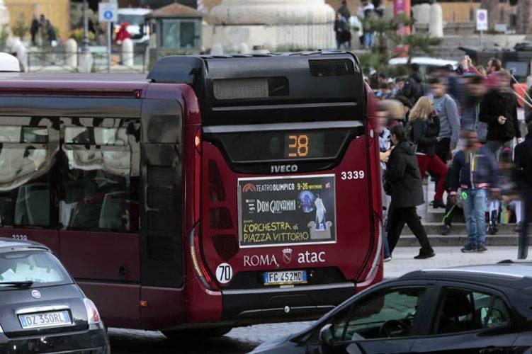 Pubblicità su autobus IGPDecaux Tabella 120/200x70 a Roma per Teatro Olimpico